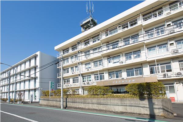 写真:横浜病院外観